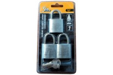 Trailer Locks & Chocks